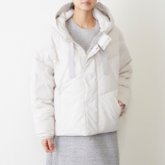 COCOON DOWN JACKET SNOW(オフホワイト)