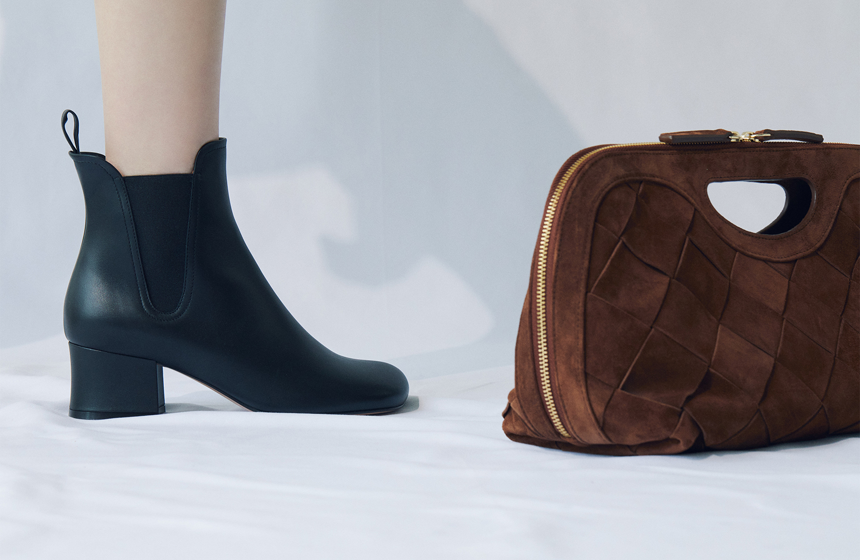 Sophisticated curved boots